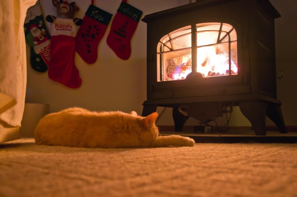 Gentle Slumber / Roaring Fire